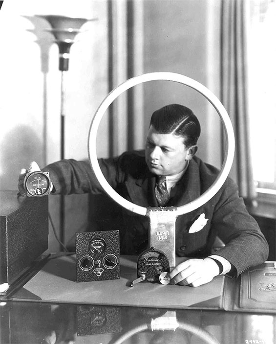 Bill Lear WIth His Radio Compass, 1935 (Source: Link)